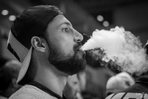 vapeo vaping cigarro electrónico e-liquid peligros