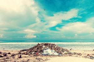 Espectrometría FTIR para identificar el plástico en el mar