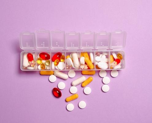 Analgésicos para alivio del dolor pastillas fármacos medicamentos remedios