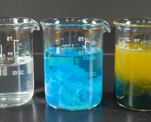 Precipitado en laboratorio de química