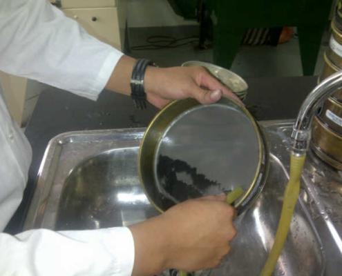 Tamizado Húmedo en laboratorio para la preparación de muestras
