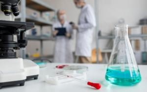 Destilador de proteínas con el método Kjeldahl en el laboratorio